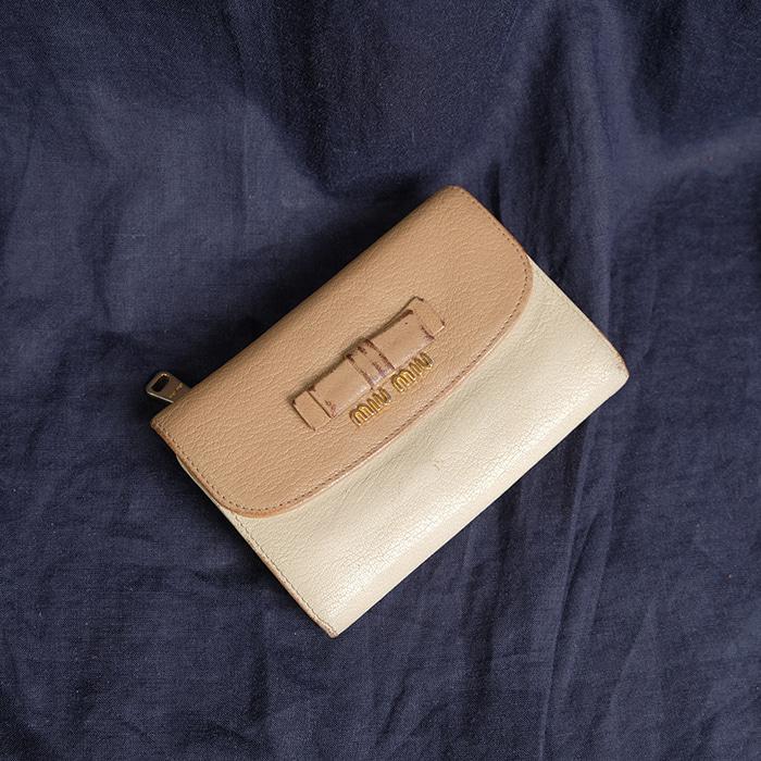 MIUMIU  미우미우 지갑