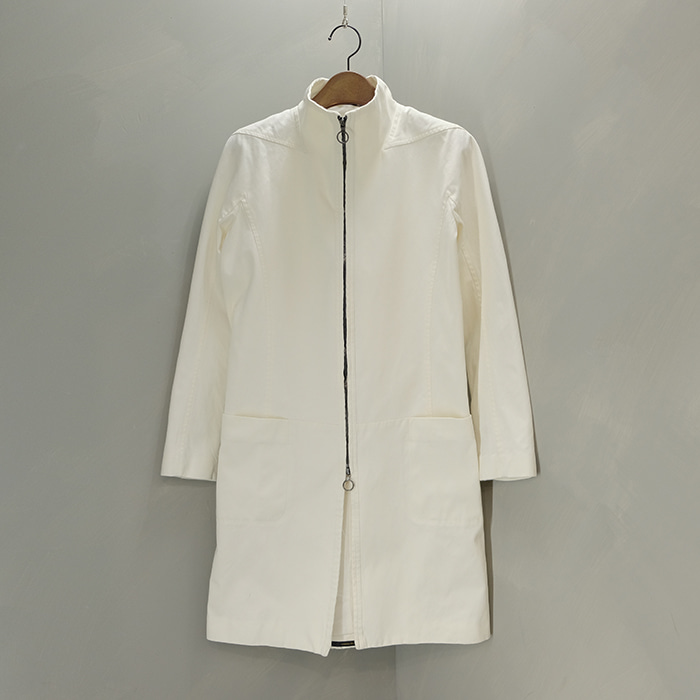 아토 / Made in japan  Ato slimfit white coat