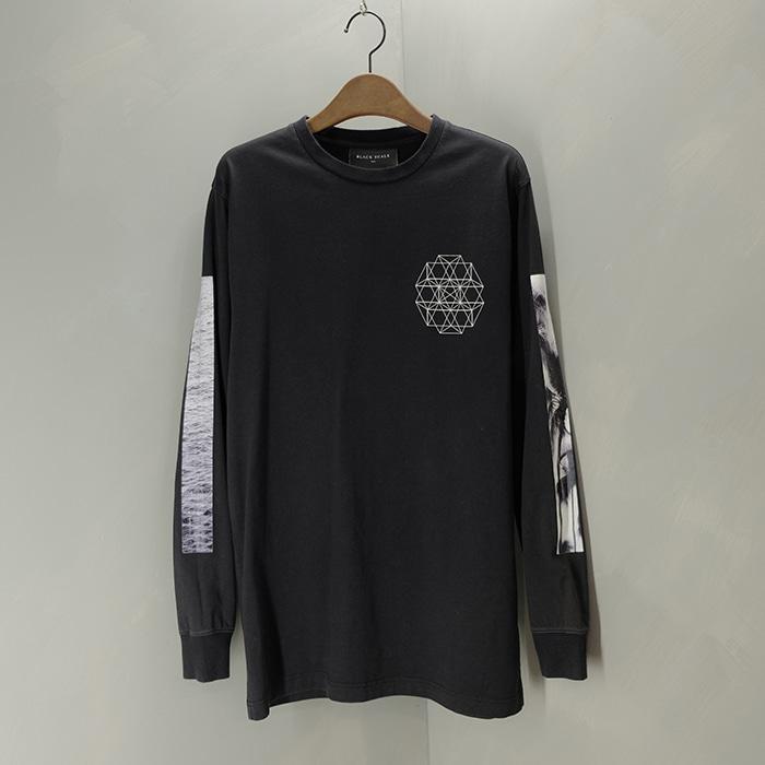 블랙 스케일  Black scale print long sleeve T