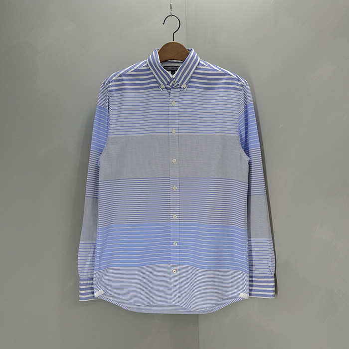 타미 힐피거  Tommy hilfiger multi stripe shirt
