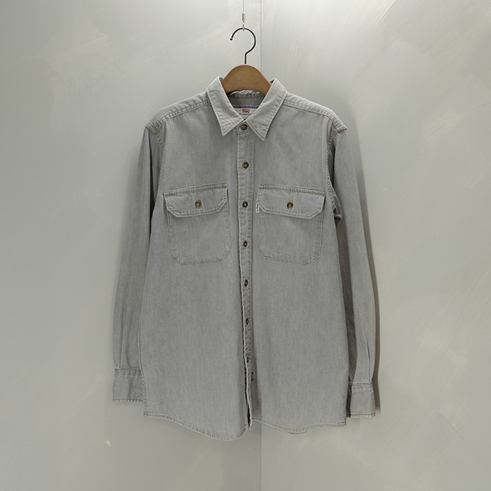 리바이스 / Made in japan  Levis two pocket denim shirt