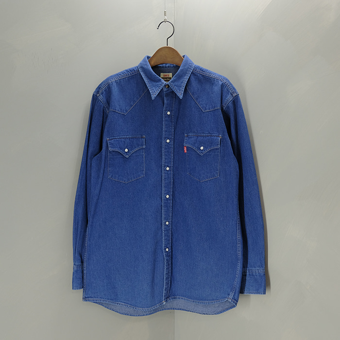 리바이스 / Made in japan  Levis 54605 western shirt