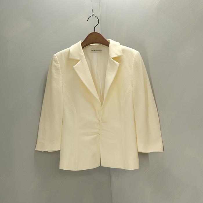 엠포리오 알마니 / Made in italy  Emporio armani shirring blazer