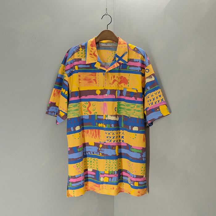 발렌티노 / Made in italy  8-90's Valentino open collar shirt