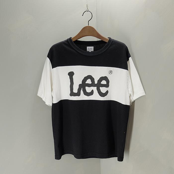 리  Lee print T