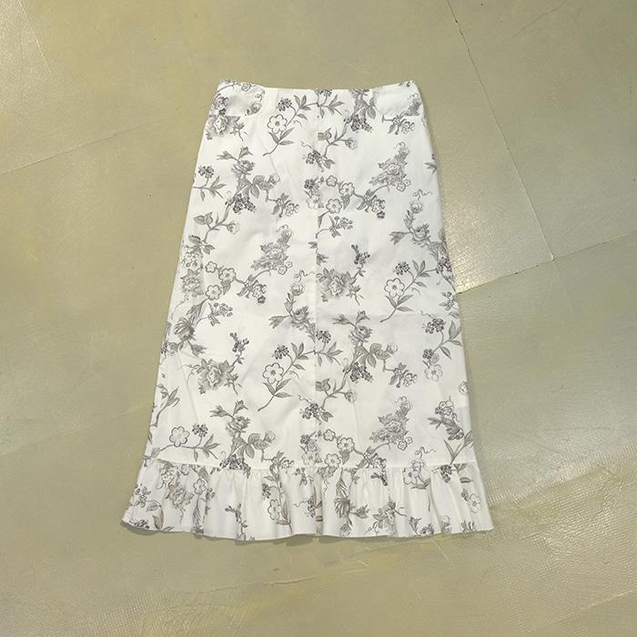 막스앤코  Max&co flowerpattern skirt