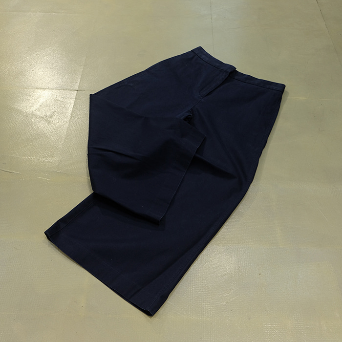 라코스테  Lacoste wide fit pants