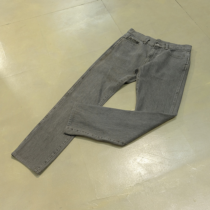 빔즈 / Made in japan  Beams slimfit washed denim pants