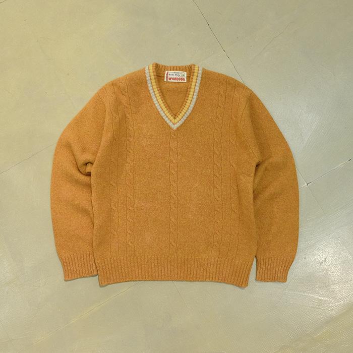 맥그리거  Vtg 90's Mcgregor v neck wool knit