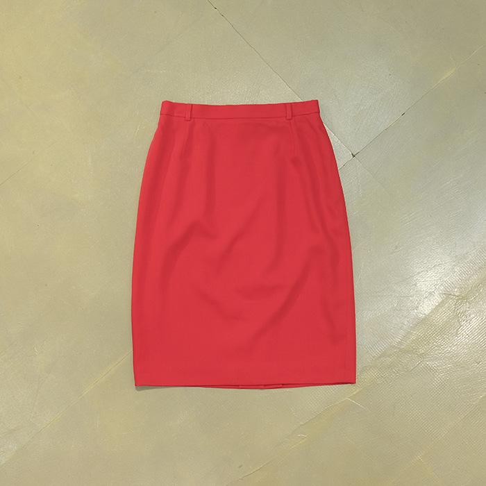 에스까다 / Made in czech  Escada wool skirt
