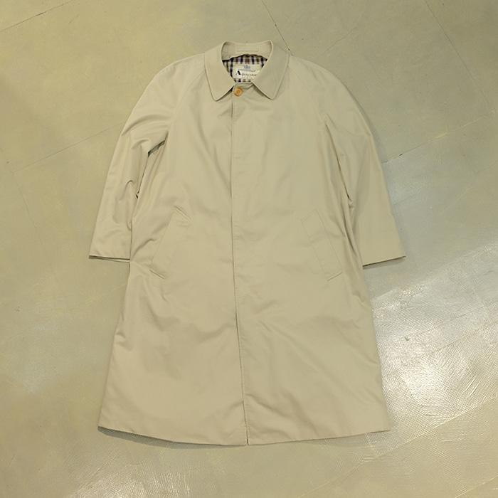 아쿠아스큐텀 / Made in uk  Aquascutum Balmacaan coat