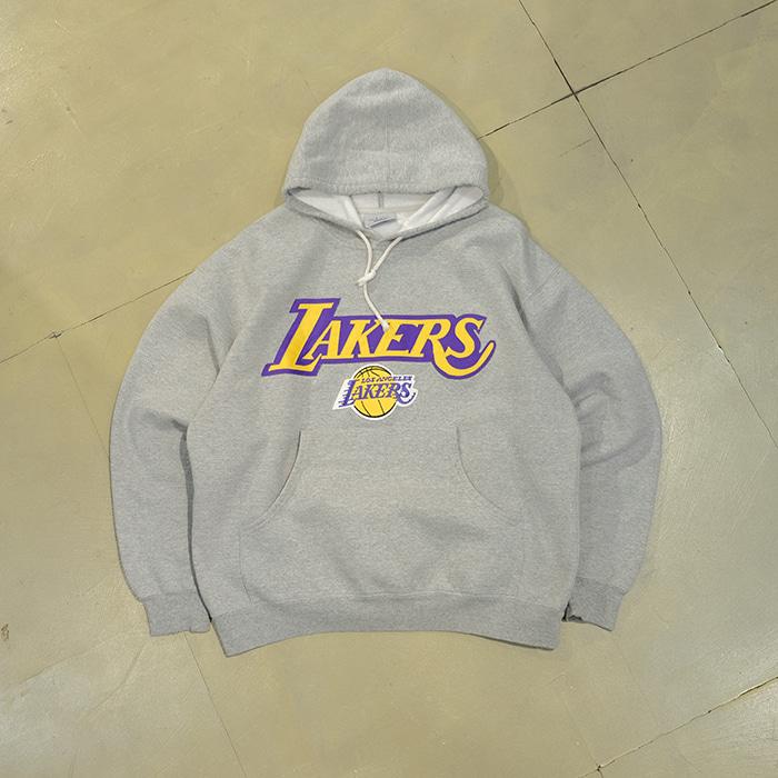 마제스틱 / Made in canada  90's Majestic Lakers print T