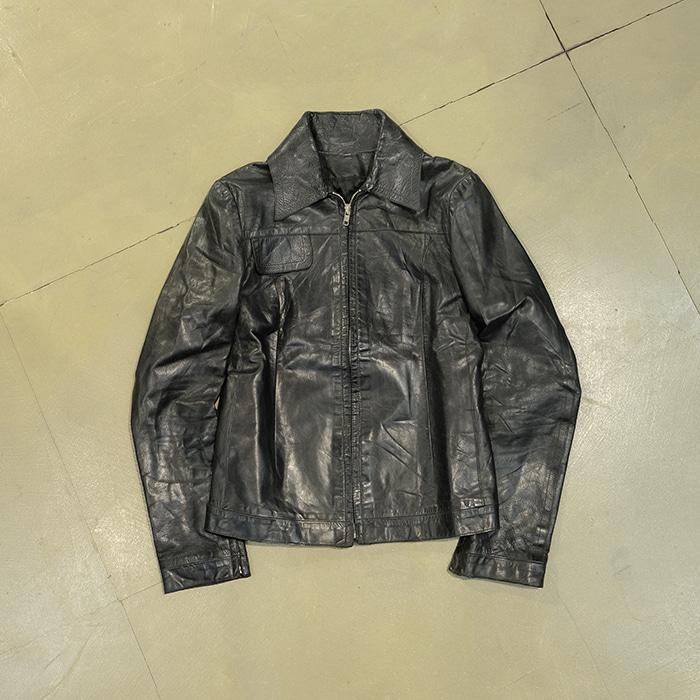 코스튬내쇼날 / Made in italy  Costume national leather jacket